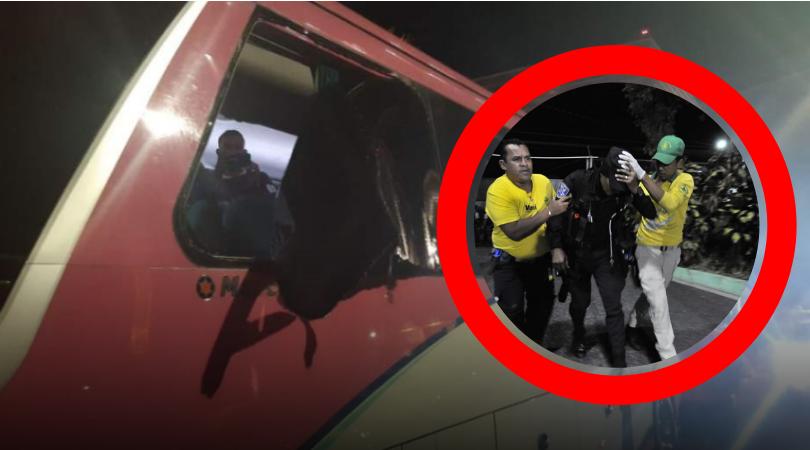LAMENTABLE: Aficionados atacan el bus del Olimpia en El Salvador