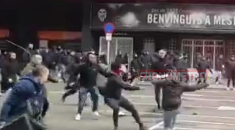 BOCHORNOSO: Disturbios en Mestalla antes del Barca vs. Valencia