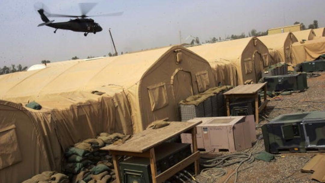 Impactan misiles en base militar de Irak que alberga tropas de EEUU