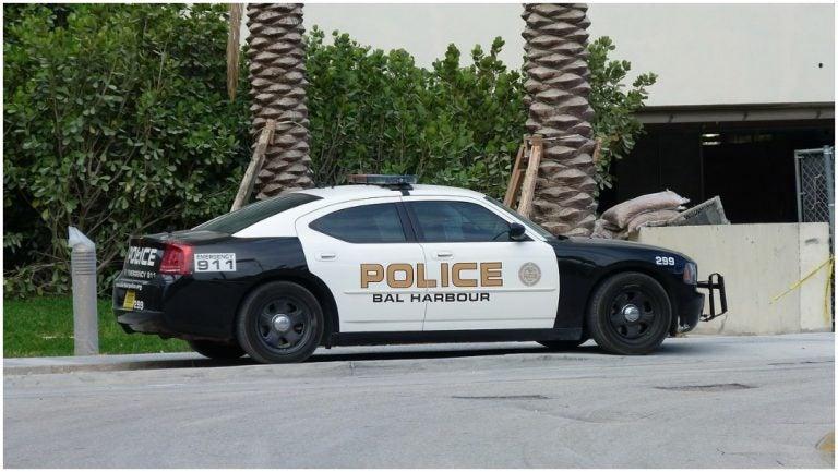 Abaten a sujeto por apuñalar a un policía en Miami Beach