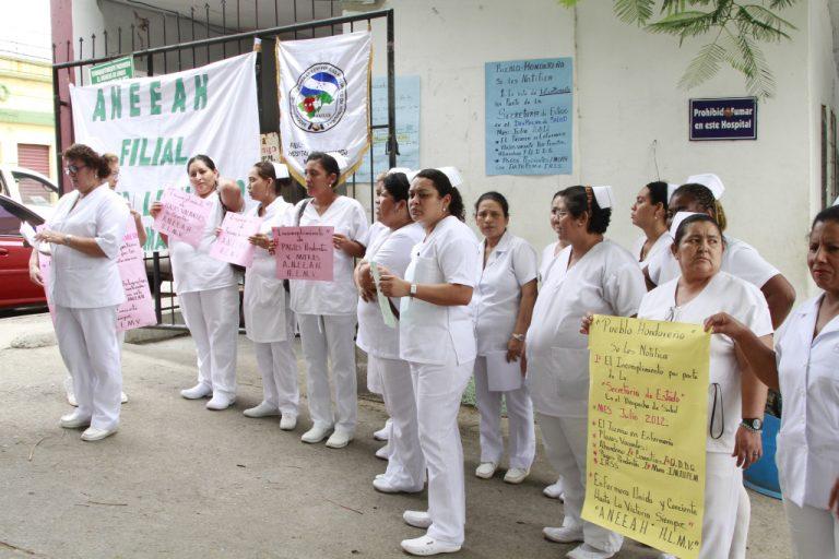 Salud amenaza que contratará tres mil enfermeras ante paro de la Aneeah