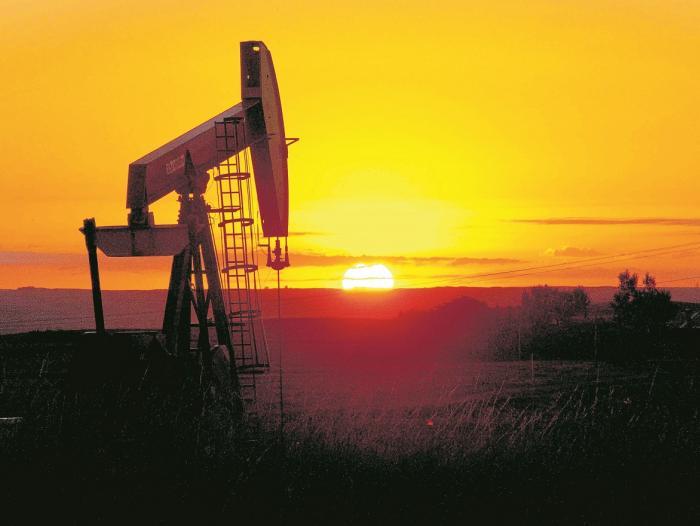 Conflicto entre EEUU e Irán sube precios de petróleo: expertos opinan
