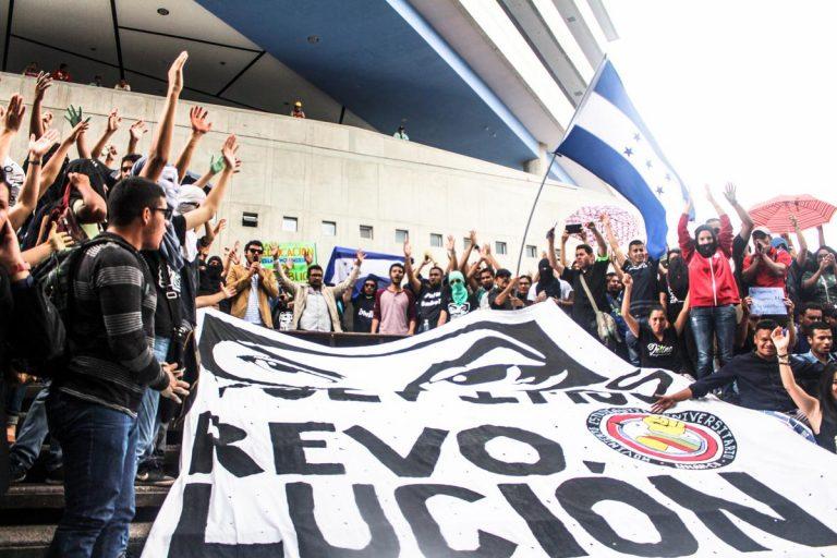 UNAH: Cinco frentes estudiantiles anuncian alianza electoral