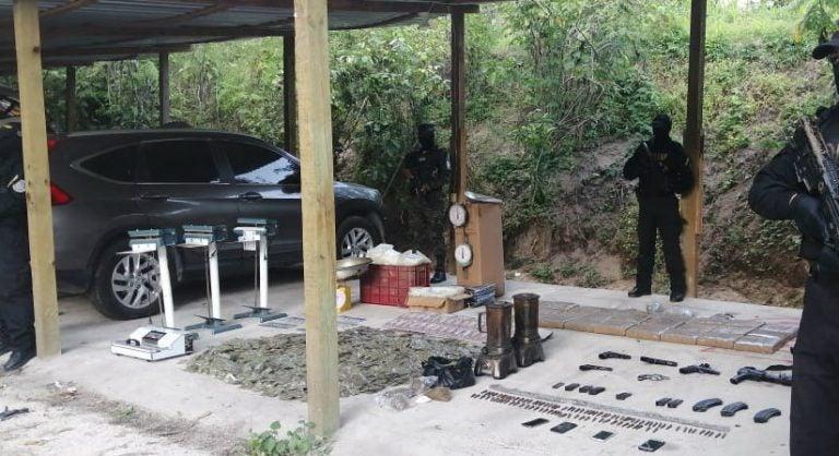 SPS: aseguran armas, dinero y droga en narcolaboratorio de la MS-13