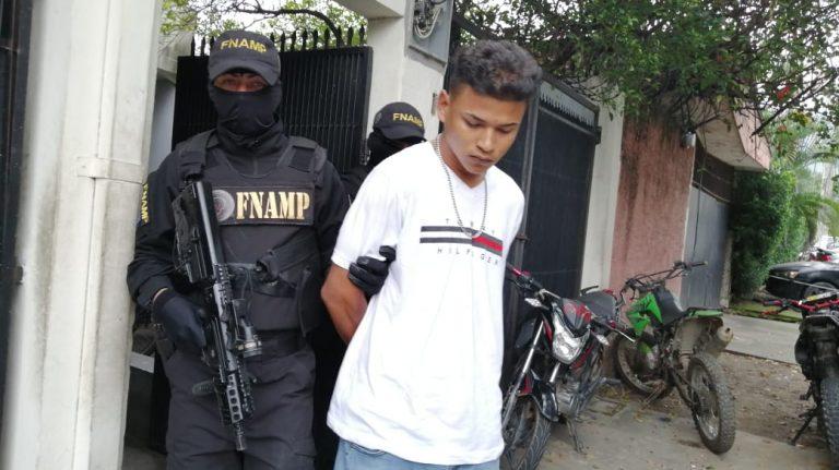 La Lima: capturan a supuesto extorsionador de la Pandilla 18 con L 1,500