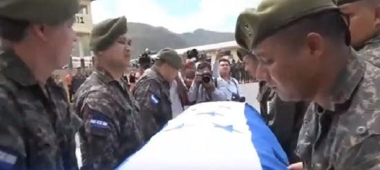 TGU: homenajean a militares abatidos en rescate de «El Porkys»