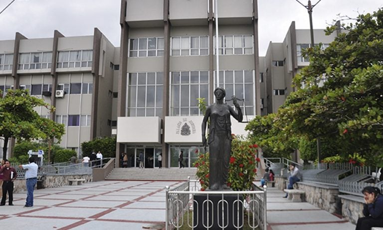 Corte admite requerimiento fiscal contra Marlon Escoto y otras 18 autoridades