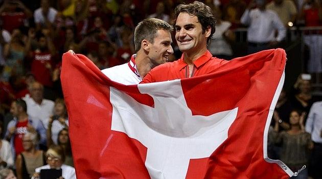 Roger Federer ofrece millonaria suma para la lucha contra COVID-19