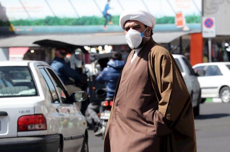 Irán: liberan 70,000 presos para evitar contagio de coronavirus