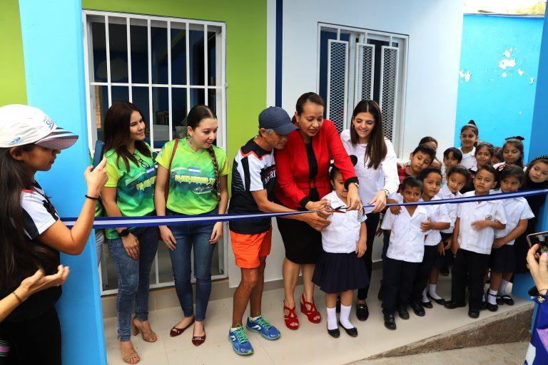 La Fundación Kafie y SULA construyen comedor infantil en Escuela de Tegucigalpa
