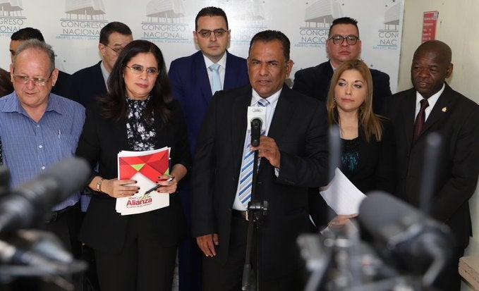 CNE propone al CN consultar sobre elección y segunda vuelta