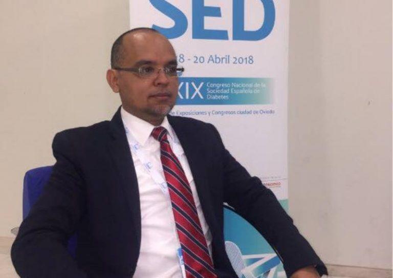 Doctor Videa pide mantener las medidas de contención en Roatán, ante apertura comercial