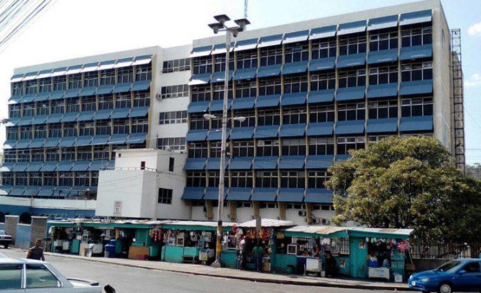 Por el riesgo, Hospital Escuela se niega a atender pacientes con COVID-19