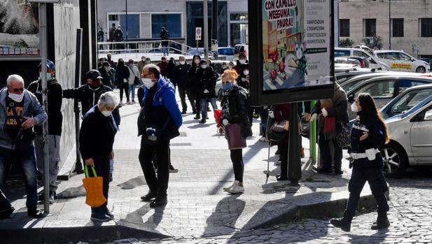 Italia: primeros saqueos en supermercados y llamadas a la rebelión