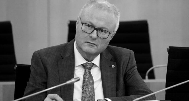 Covid-19: ministro regional de Finanzas se suicida en Alemania