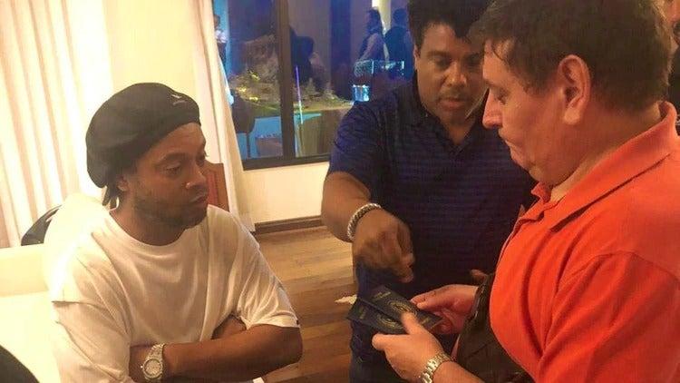 Ronaldinho y su hermano habrían sido engañados, asegura fiscal paraguayo