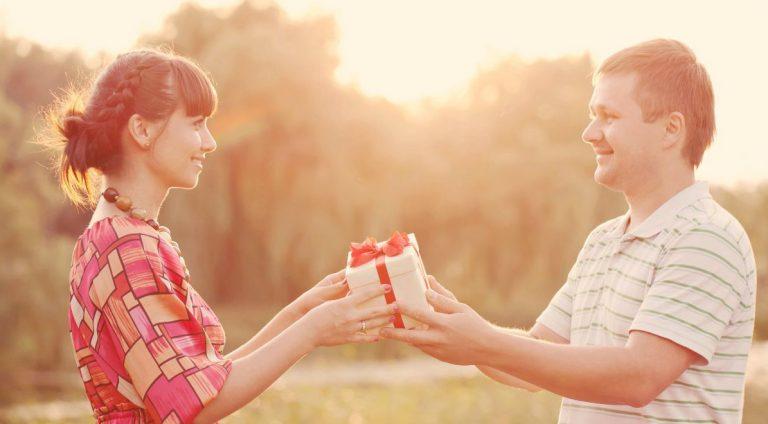 Conozca los regalos más deseados por las mujeres en su mes
