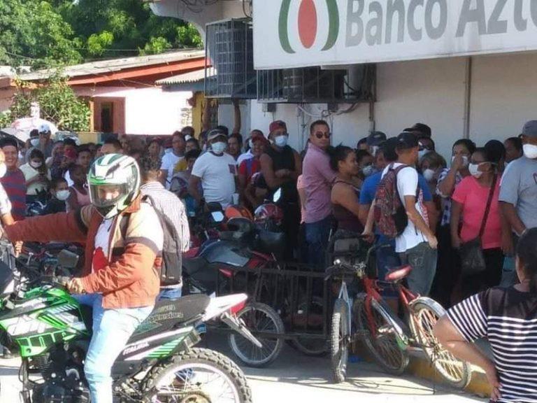 Santa Rita: denuncian falta de autoridades ante aglomeración de personas en bancos