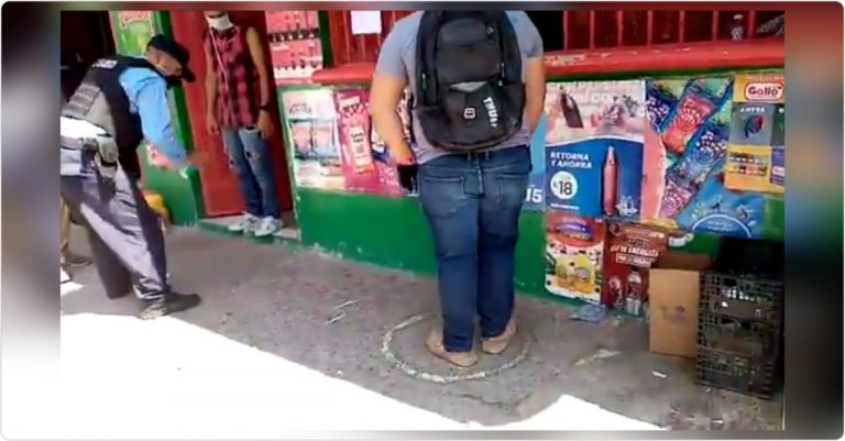 Marcan círculos en pulperías y mercaditos para que se respete metro de distancia