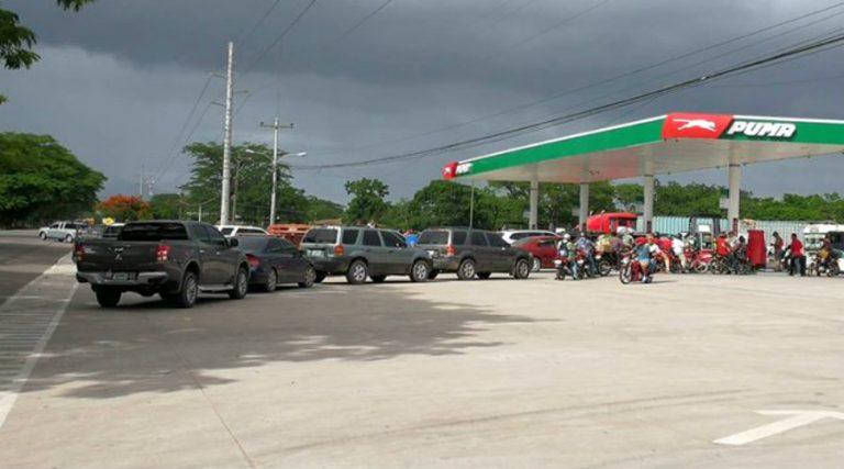 AHDIPPE propone abrir gasolineras para abastecer a unidades de emergencia