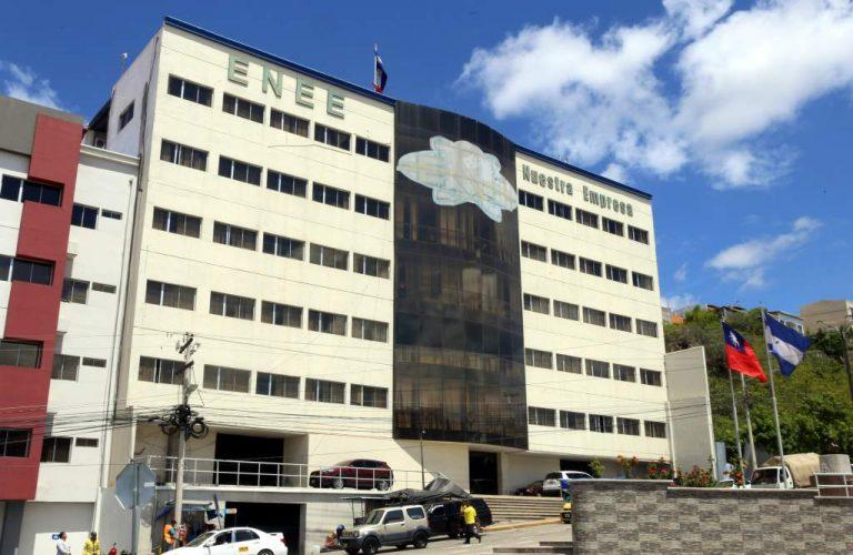 ENEE: al menos 20 empleados serán reintegrados a su trabajo