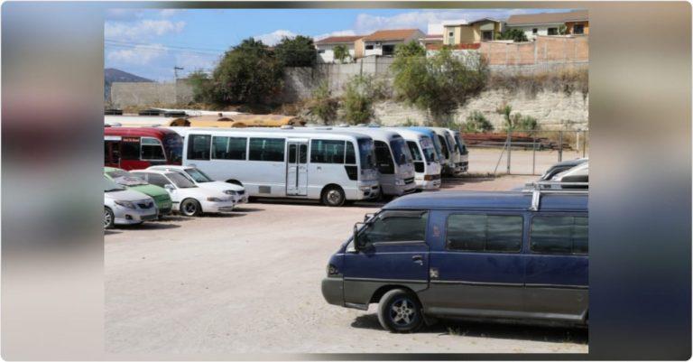 Toque de queda absoluto: Decomisados 23 buses y 22 taxis en TGU