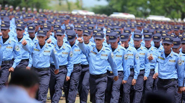 Covid-19: Policía Nacional supervisa cumplimiento de medidas por alerta roja