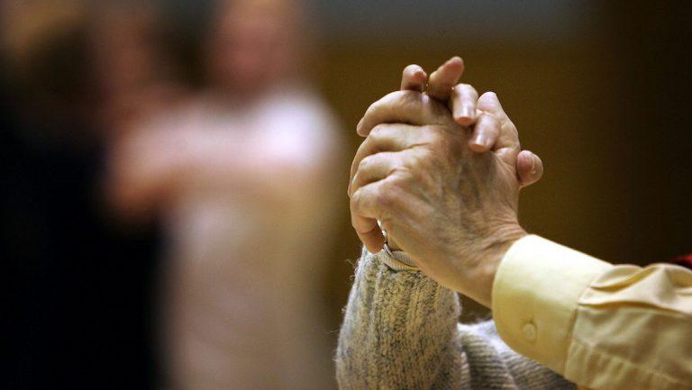 España: matrimonio de 88 años vence Covid-19