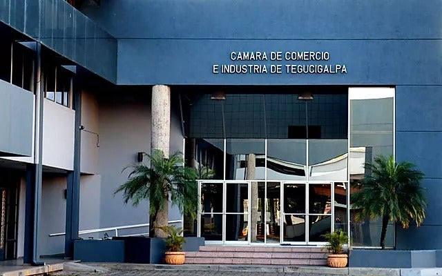 COVID-19: CCIT amenaza con retirarse de mesas de diálogo del Gobierno