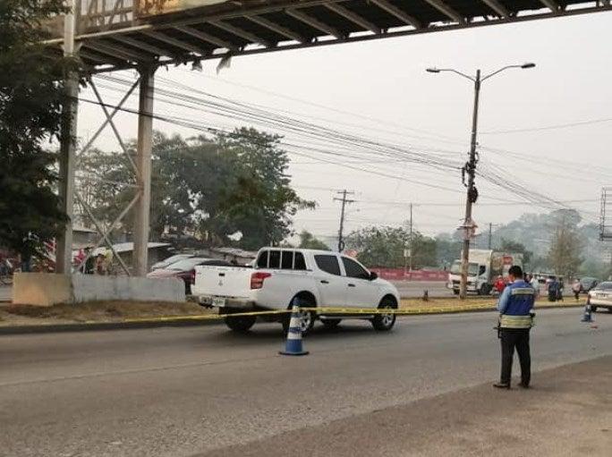 Anciano muere tras ser atropellado bajo un puente peatonal en Choloma