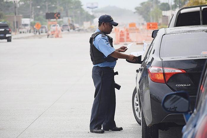 DNVT: L600 pagarán dueños de carros decomisados en toque de queda