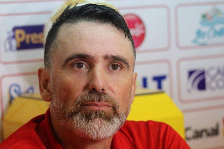 Fernando Araujo no regresaría para la reanudación del torneo