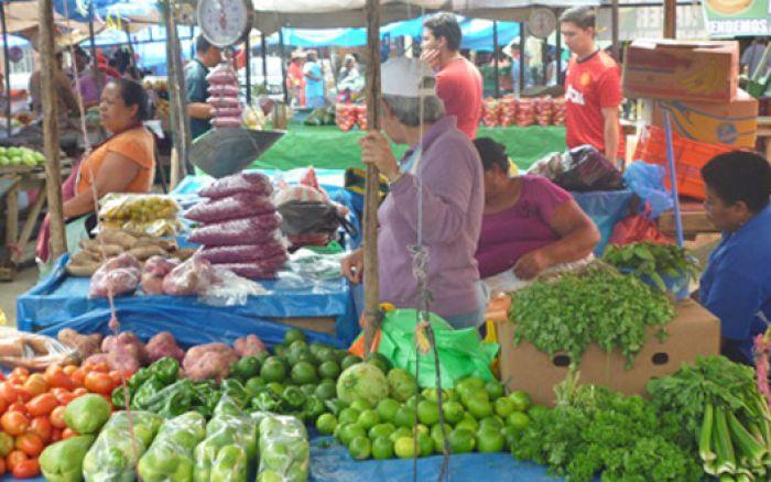 TGU: Feria del Agricultor abre sus puertas bajo medidas de bioseguridad
