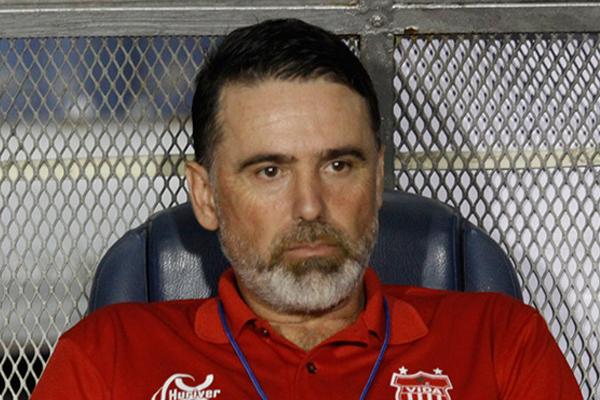 """Fernando Araujo: """"El torneo Clausura debería tener un final"""""""
