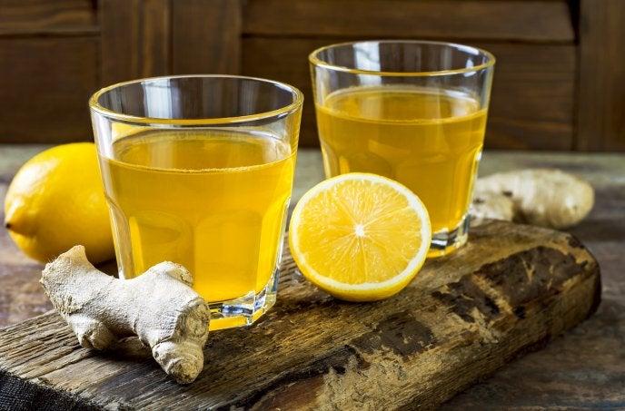 jugo de jengibre y limón