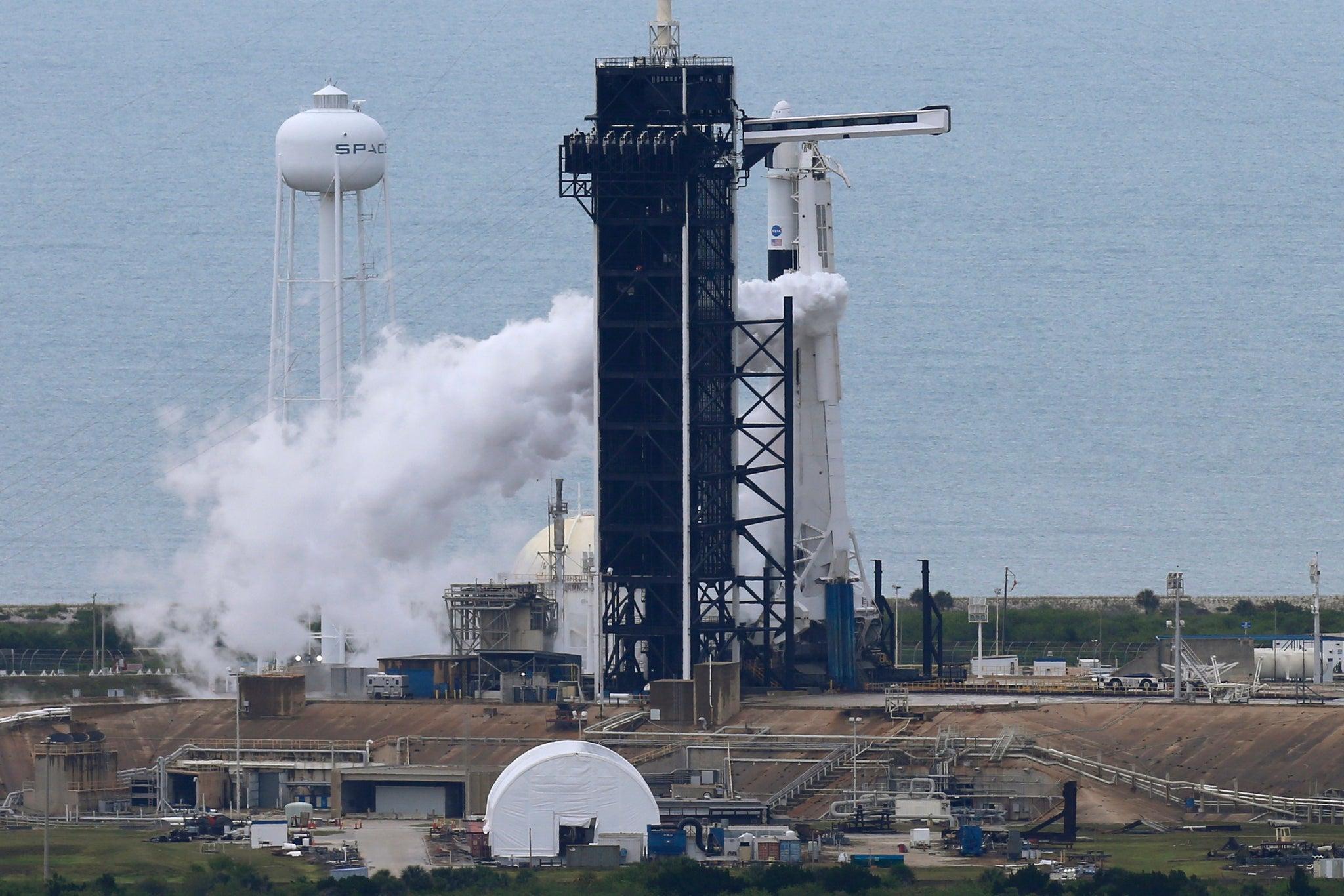¡Hasta el sábado! NASA y SpaceX cancelan su misión tripulada al espacio