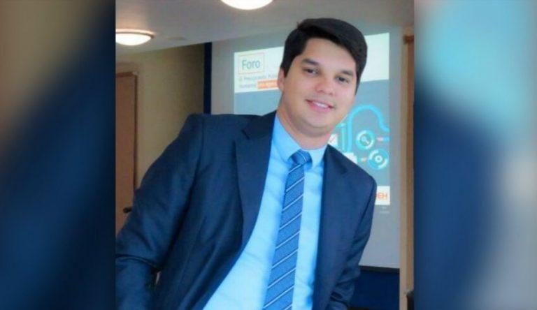 LA ENTREVISTA- Alejandro Kaffati: Quise ser ingeniero, pero me incline por Economía