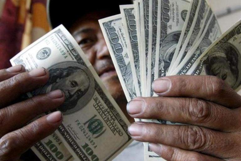 Caída de remesas generará más deudas en Honduras, según economista