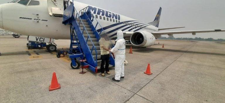 Hondureño llega deportado de México y lo capturan en el aeropuerto