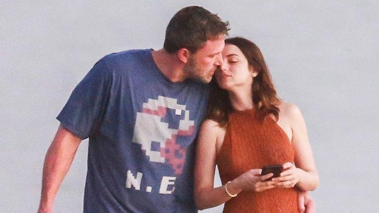 Ben Affleck y Ana de Armas confirman su relación con fotos románticas
