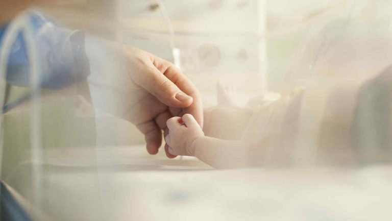 Cinco casos más de COVID-19 en Valle, entre ellos, una bebé de 18 meses