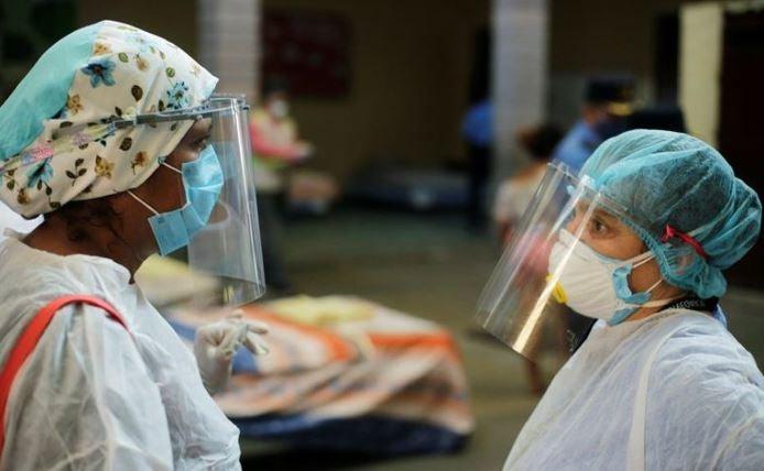¿Personal de salud se estigmatiza entre sí? Niegan atención a enfermero con Covid en Tela