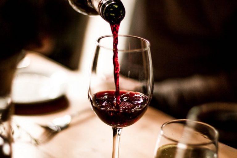 Conozca los beneficios de consumir bebidas alcohólicas sin excesos