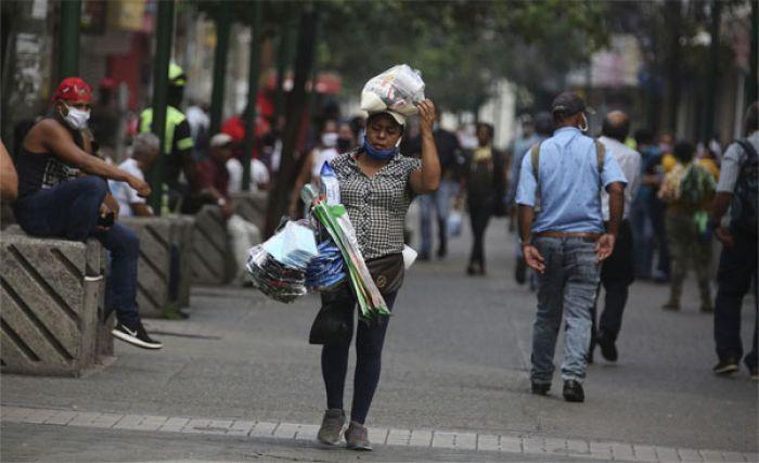 Alba Flores sobre reapertura: Fue una «decisión muy difícil» para Salud