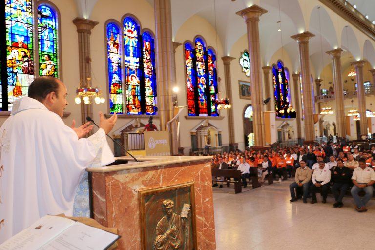 Actividades religiosas volverán hasta garantizar medidas de bioseguridad