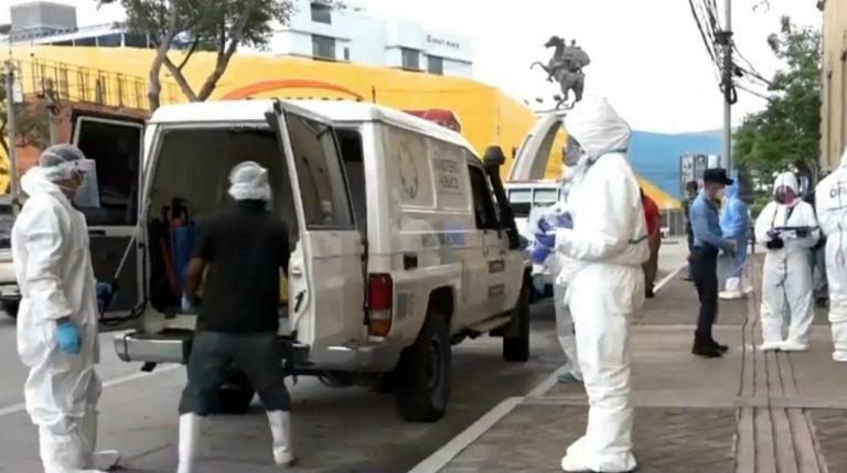 Hospital San Felipe: Hombre que estrangularon no tenía COVID-19, dicen familiares