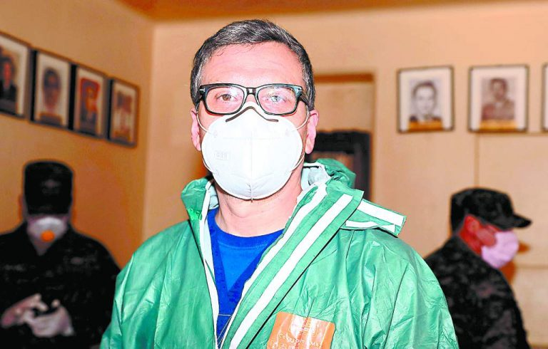 Covid-19: Doctor Carlos Aguilar anuncia que está en fase final de recuperación