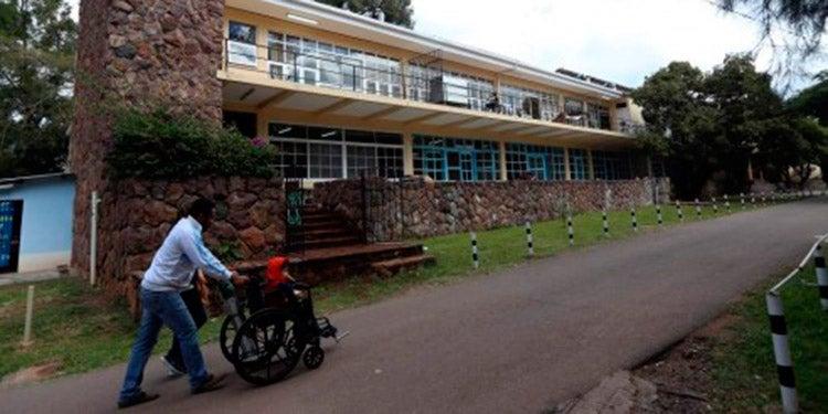 Paciente con Covid-19 se escapa del Hospital del Tórax