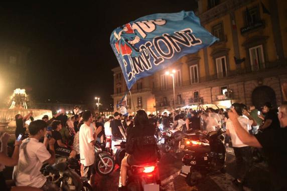 GALERÍA: Así se vivió el campeonato en las calles de Nápoles