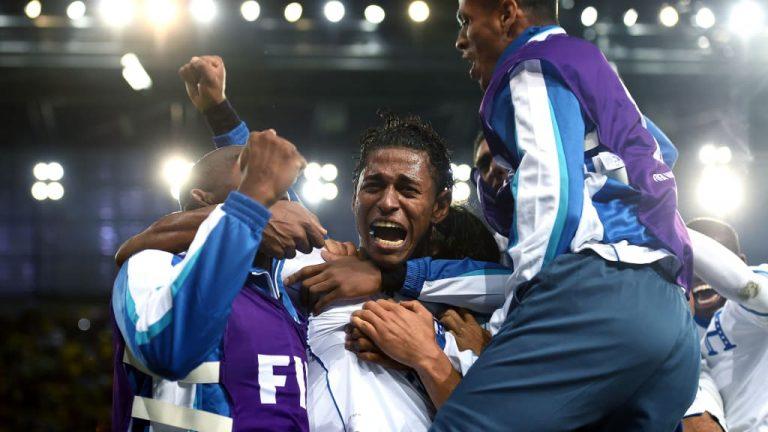 Carlo Costly recuerda el aniversario de su gol en Brasil 2014